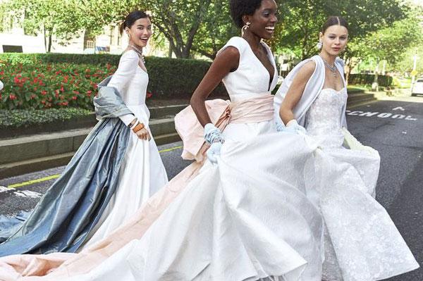 دوره خیاطی لباس عروس و شب