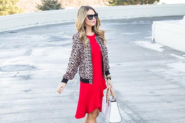 بهترین ترکیب رنگ با لباس قرمز