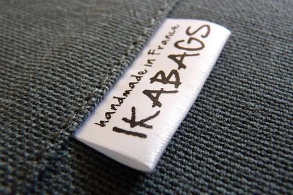 مارک لباس یکی از اکسسوری های خیاطی