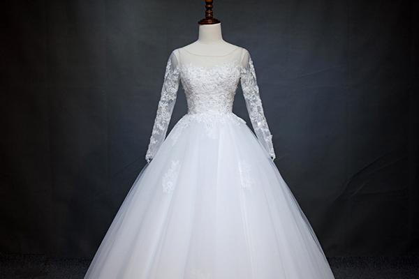 آستر مناسب لباس عروس